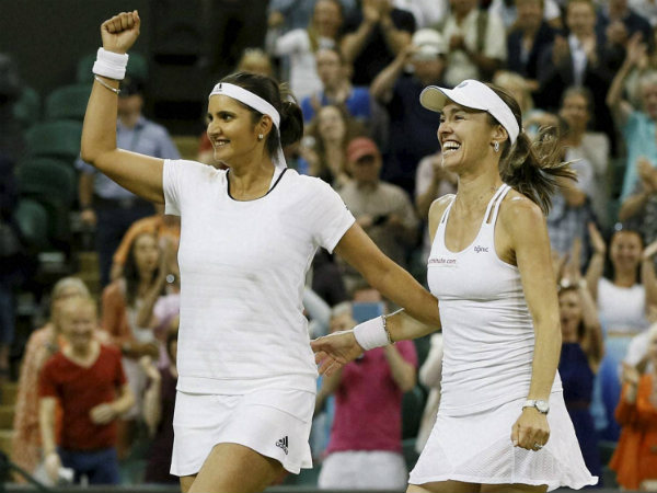 Wimbledon Title Defence Sania Mirza Martina Hingis Starts With Win