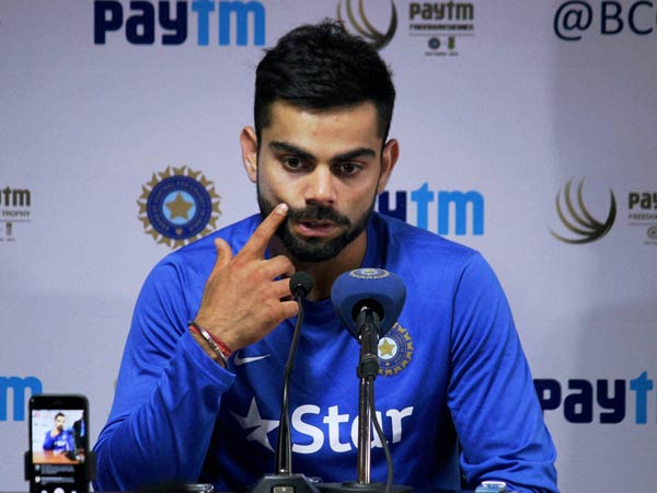 Watch Video Virat Kohli Sings Jo Waada Kiya Wo Nibhana Padega