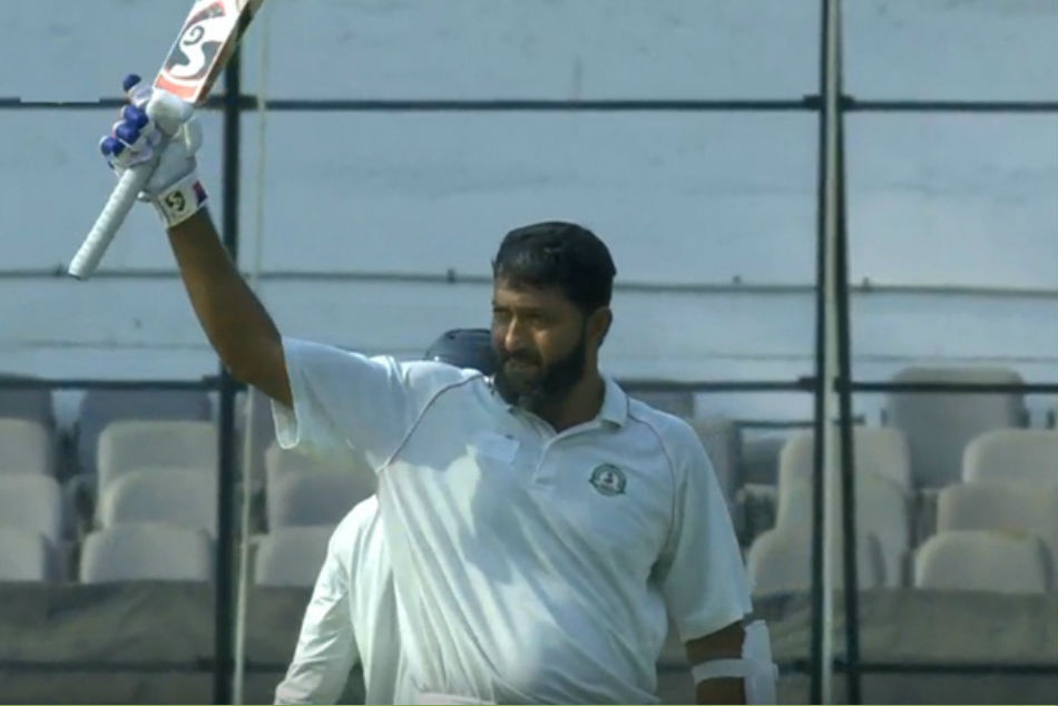 Vidarbha Team Scores 289 2 In First Test Agianst Rest Of India