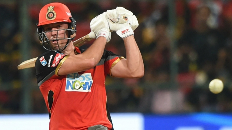 AB de Villiers, bowlers shine as RCB taste first win; edge KXIP by 4 wickets