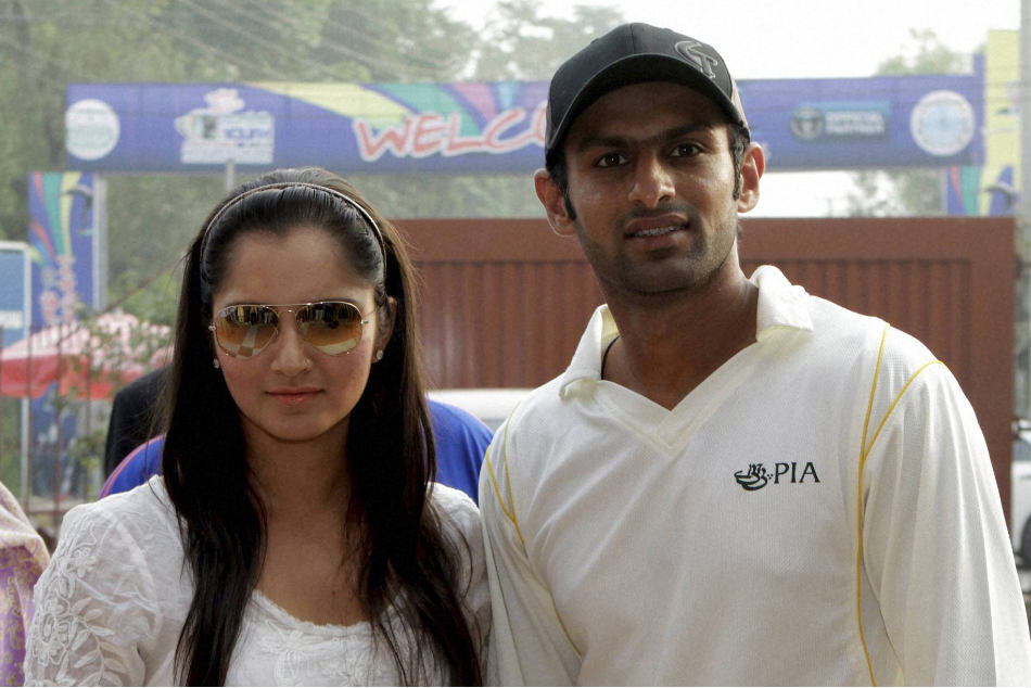 Sania Mirza-Shoaib Malik expecting first child, due in October