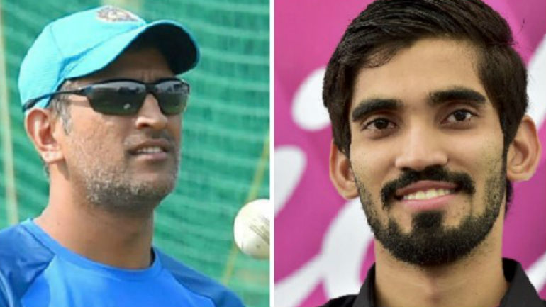 Ms Dhoni Gifts Signed Bat To Indias Badminton Star K Srikanth