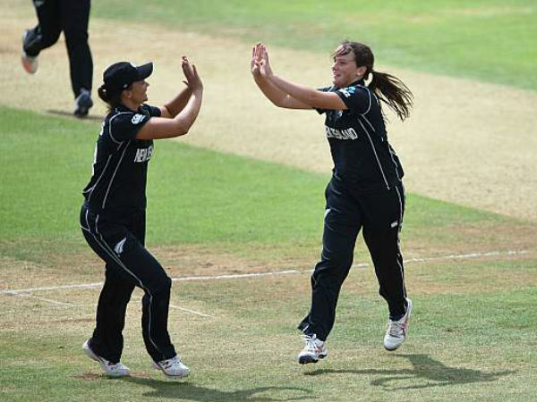 women cricket new zealand cricketer amelia kerr double ton record