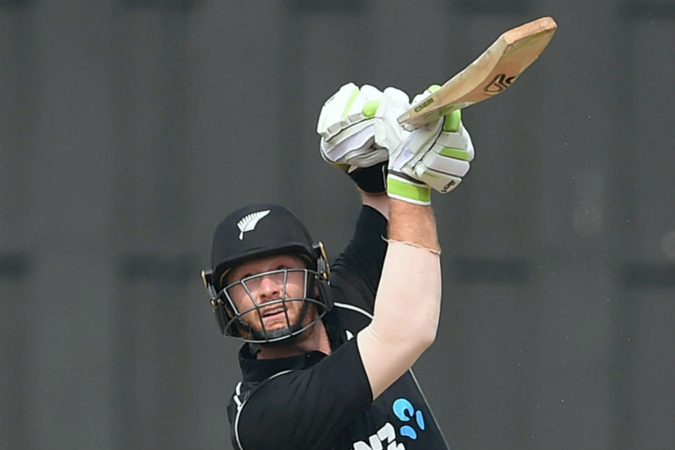 martin guptil hits 35 balls century in county t20