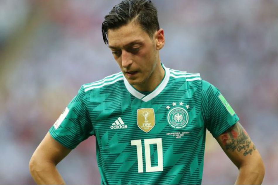 Mesut Ozil cites racism and disrespect as he quits Germany