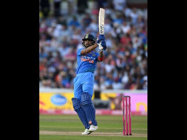 India beat England clinch T20i series