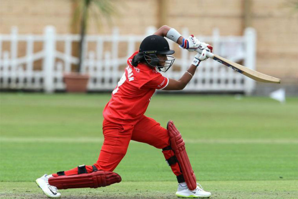 Harmanpreet kaurs 74 of 44 helped lancashire thunders 9 runs victory