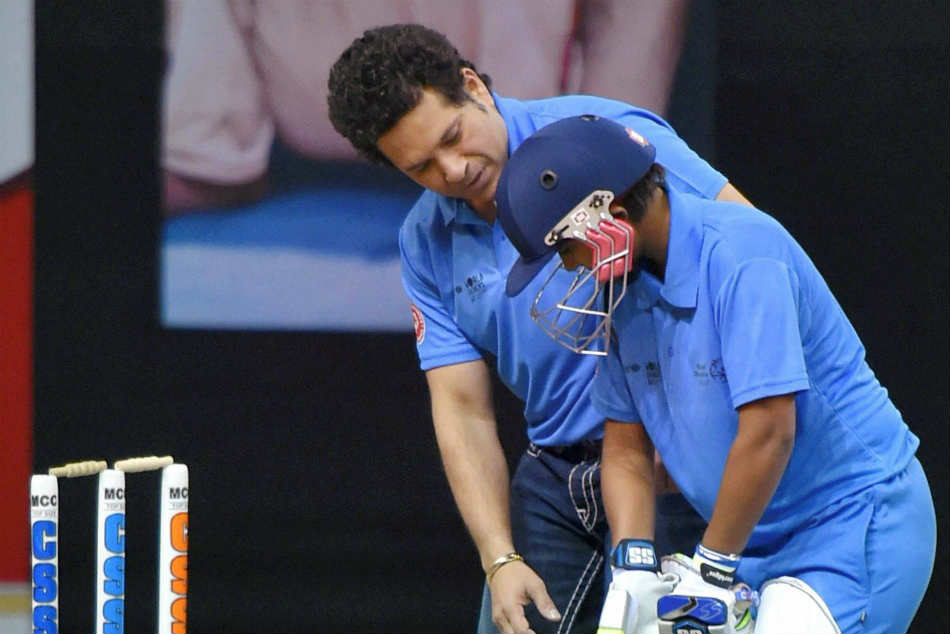 age should not be a criteria for selection: Sachin Tendulkar