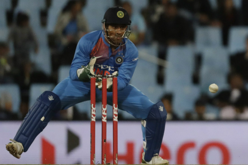 Ndia Vs West Indies Ms Dhoni Stumping Takes Just 0 08 Seconds Watch