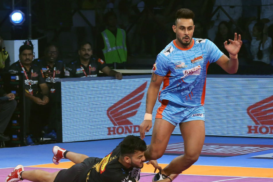 Pro Kabaddi 2018 Bengal Warriors Defeat Telugu Titans 30