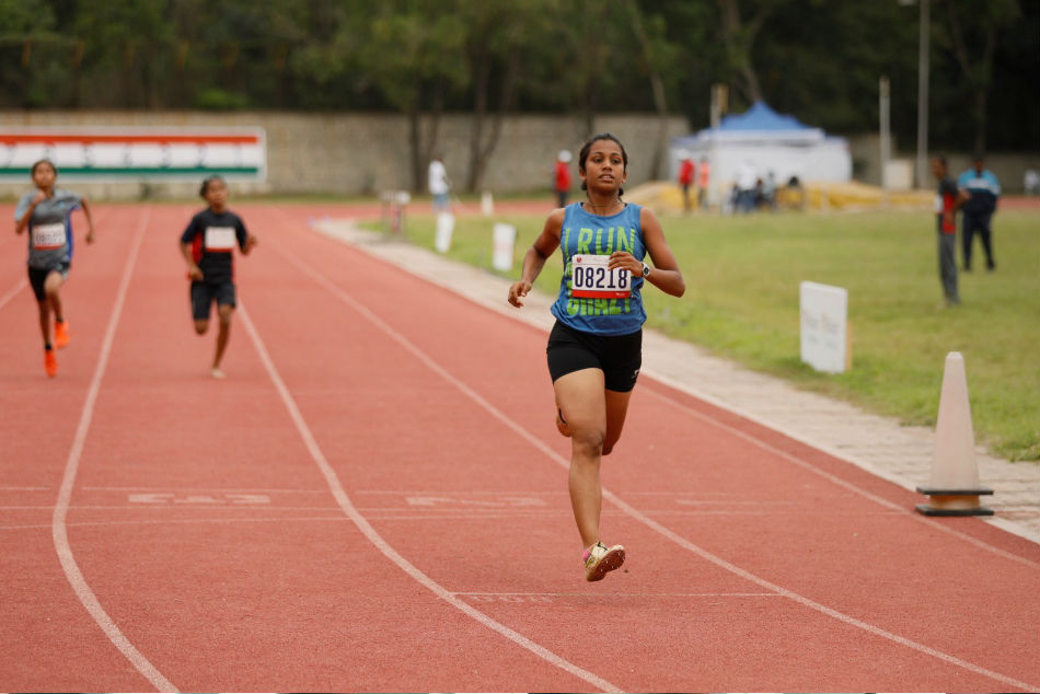 Neole runs a blistering 100m at the RFYS Athletics Championships