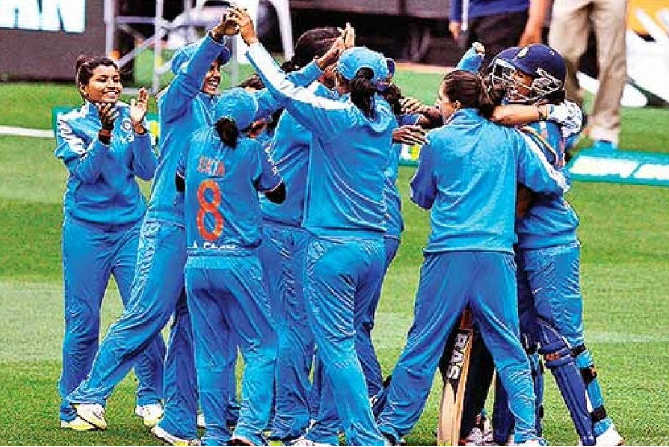 ICC Womens World T20, India vs Pakistan Live Score