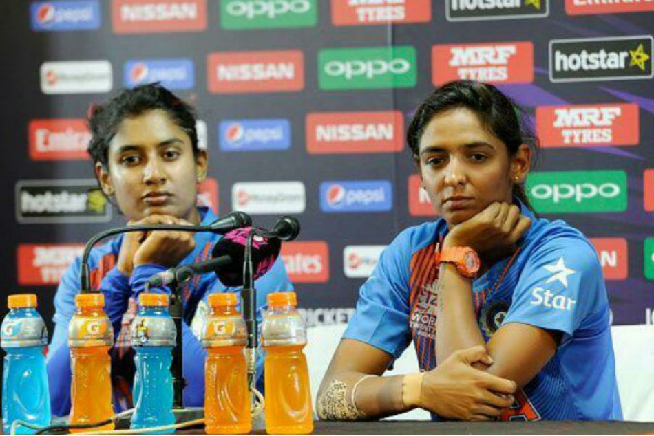CoA likely to meet Harmanpreet, Mithali; players asked to maintain 'decorum'