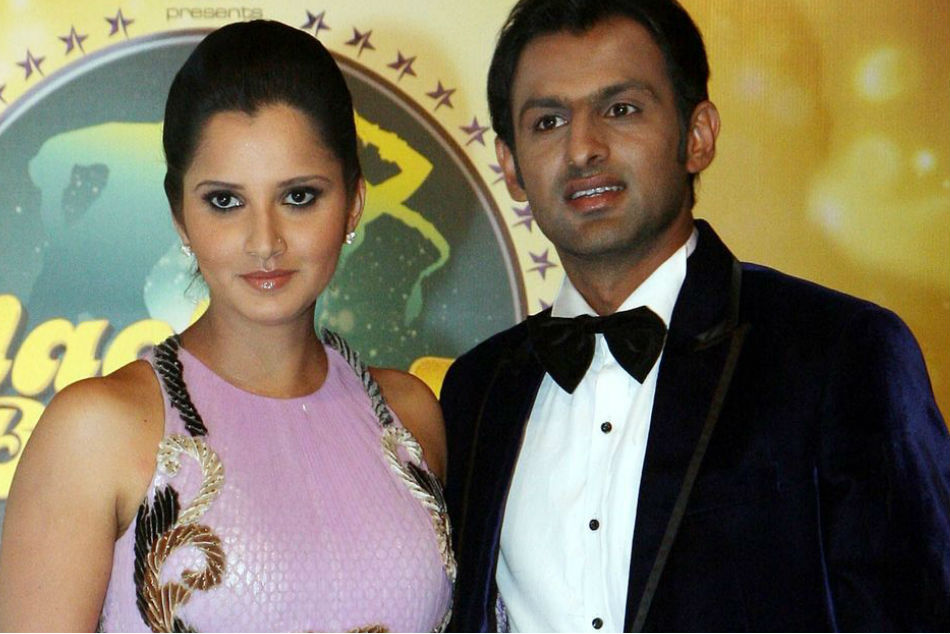 Shoaib Malik withdraws from T10 league; posts emotional message