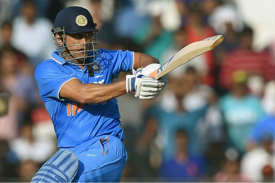 Dhoni is Indias guiding light, will play crucial role in 2019 World Cup: Rohit