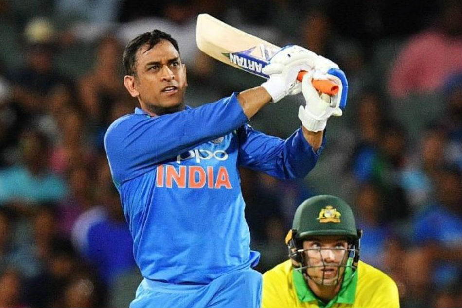 India Vs Australia Ms Dhoni Creates History Breaks 32 Year Old Record