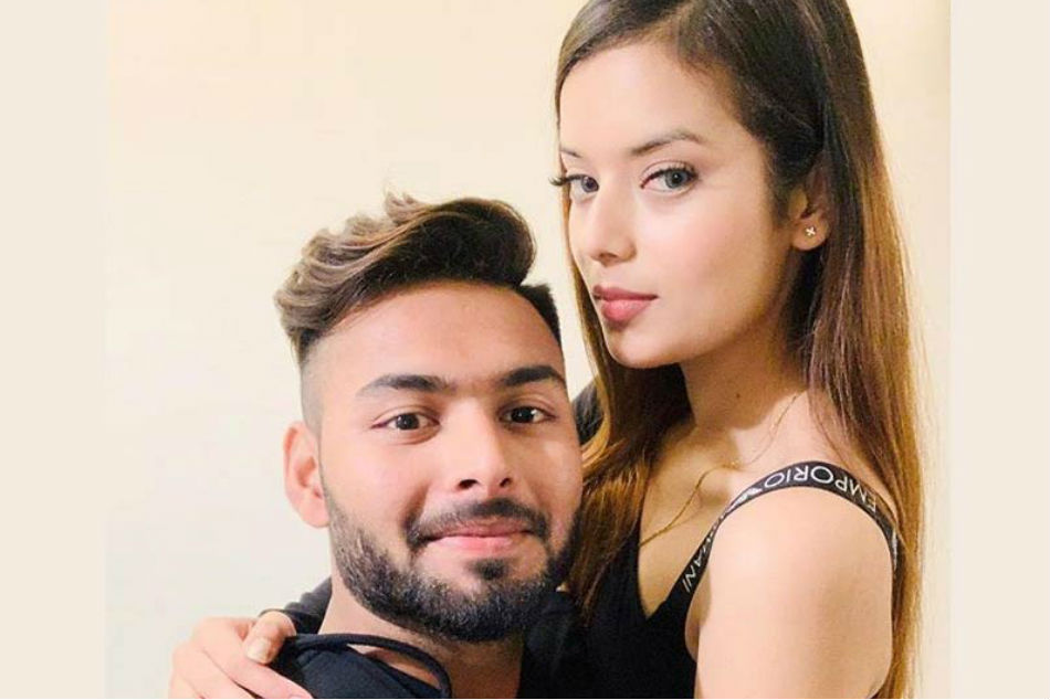 Entreprenuer Isha Negi Expresses Her Love For Rishabh Pant