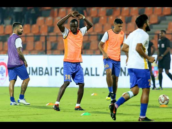 Isl Play Off Spot At Stake As Mumbai Face Northeast