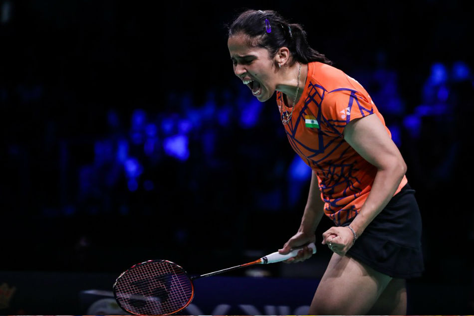 Senior National Badminton: Saina beats Sindhu 21-18, 21-15 to lift title