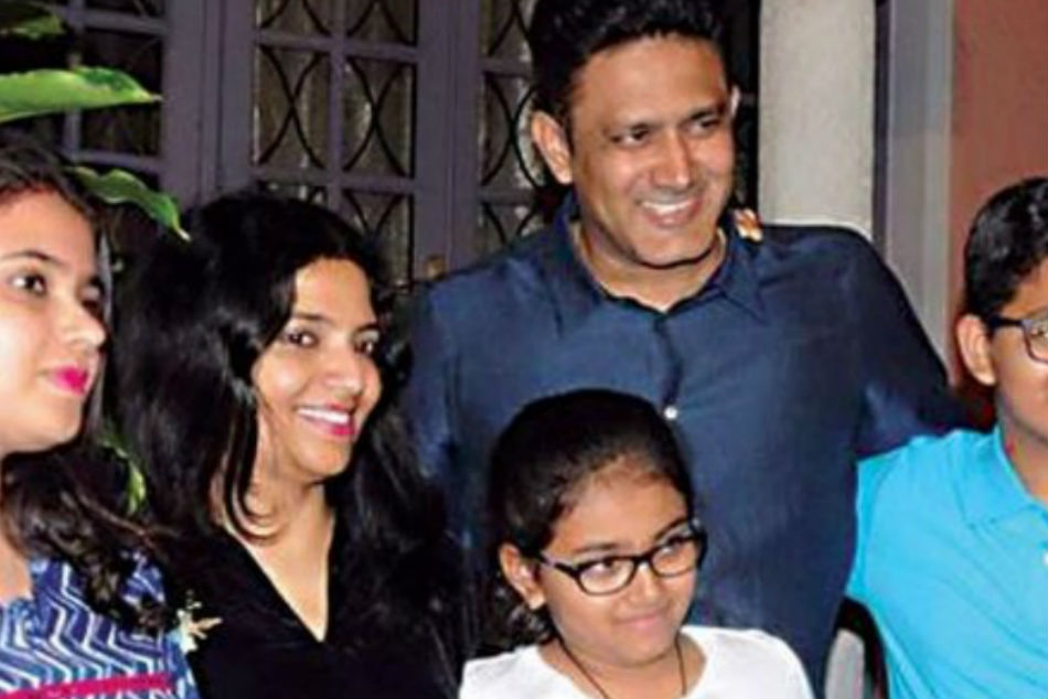 Mumbai Anil Kumble Escapes Blast In The Nick Of Time