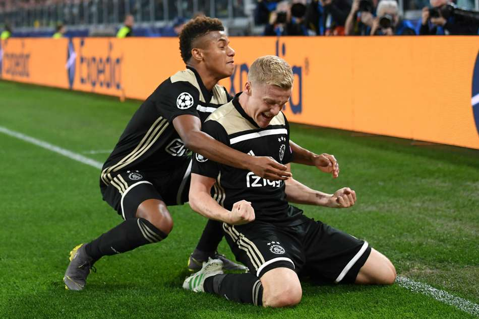 david neres and donny van de beek celebration