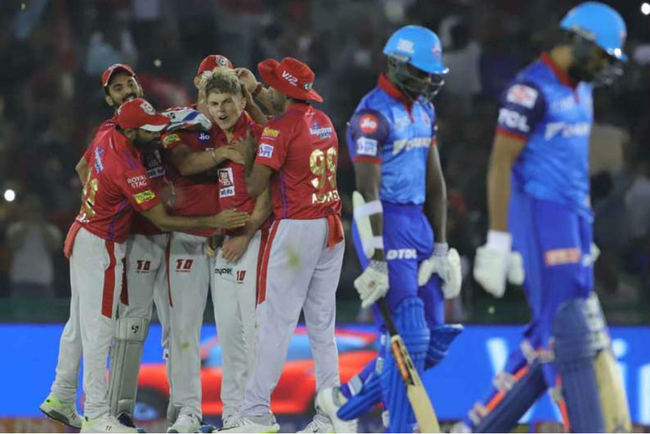 Former England skipper trolls Delhi Capitals after collapse against Kings XI Punjab