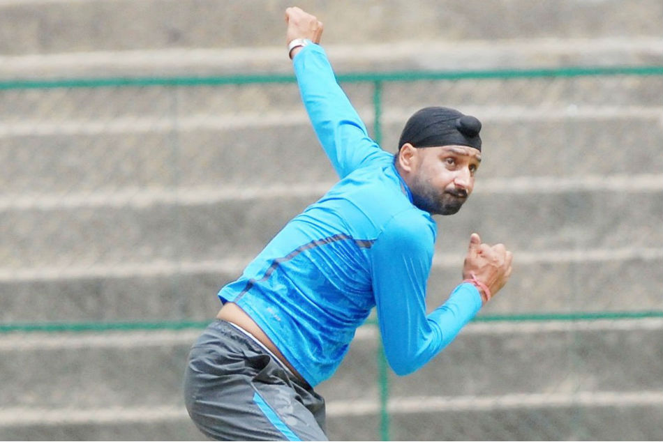 Would love to play for India again: Harbhajan Singh