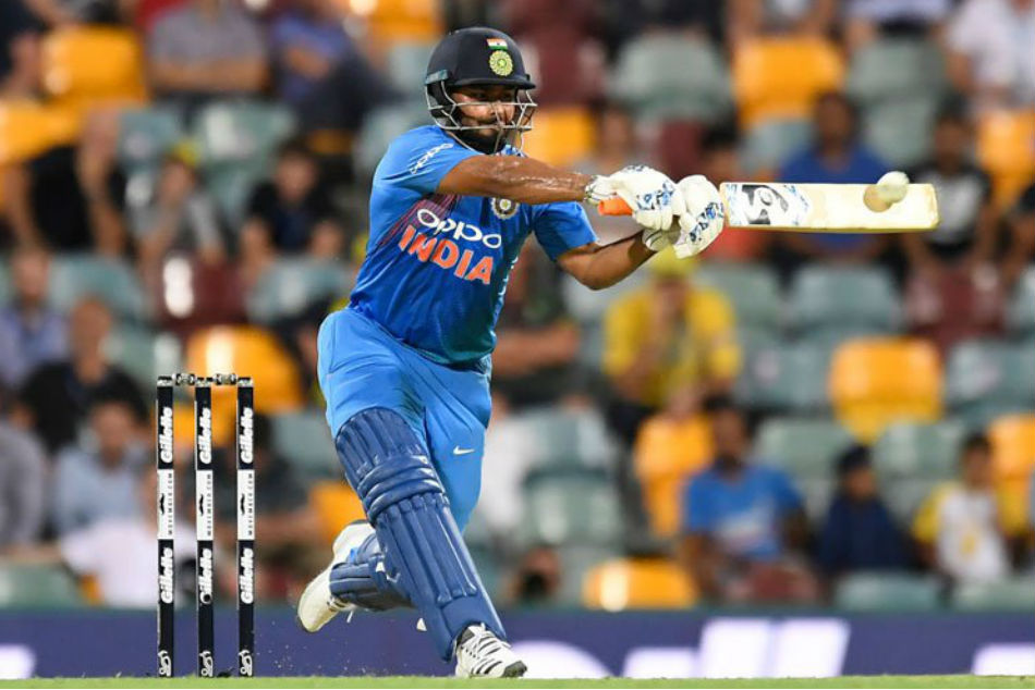 Pant misses out ICC World Cup Team- Gavaskar react
