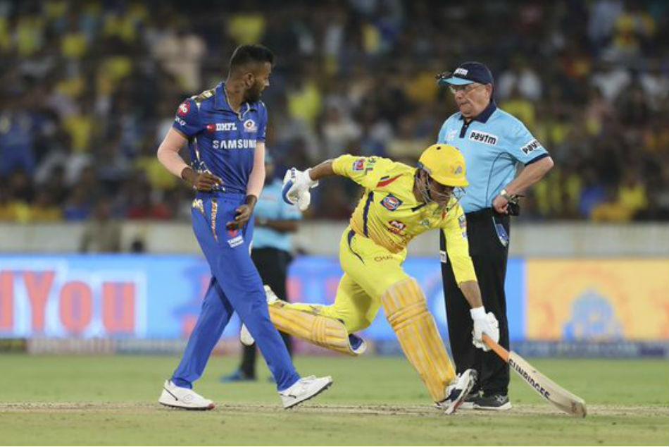 Jimmy Neesham deletes Tweet on MS Dhoni's controversial run-out in IPL final