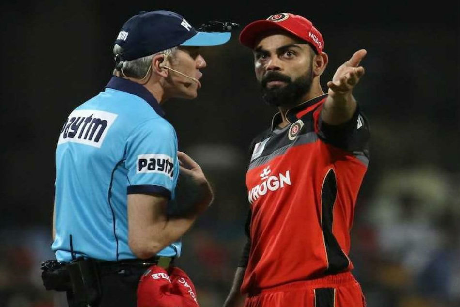 Umpire Nigel Llong Damages Door After Spat With Virat Kohli
