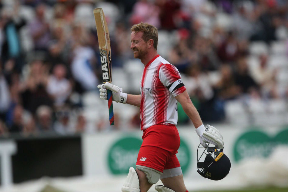 ICC World Cup 2019 | England Assistant Coach Paul Collingwood takes Field For England