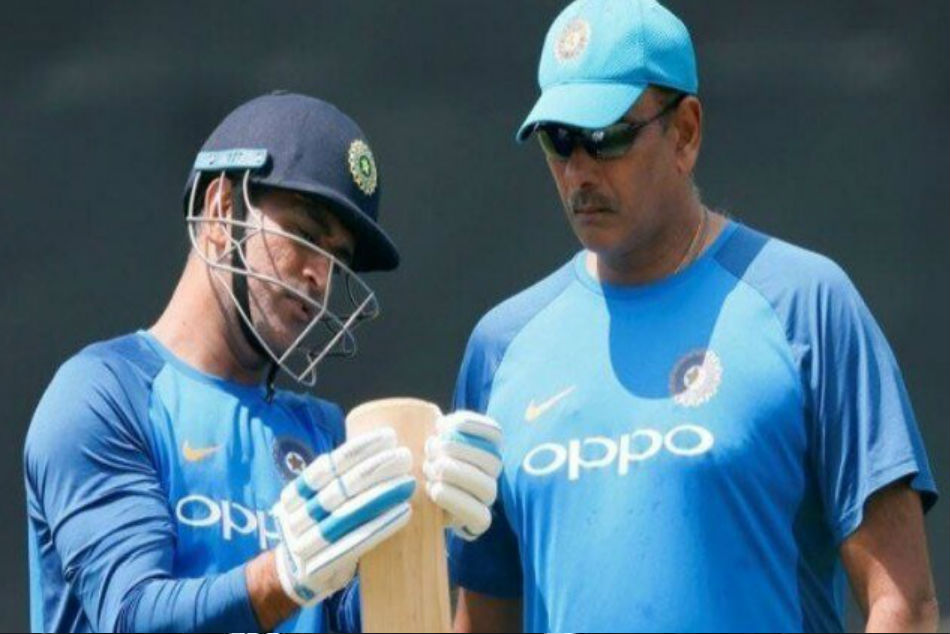 MS Dhoni to play massive role at WC: Shastri