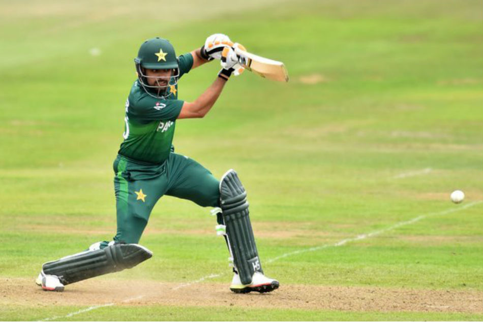 World Cup: Babar Azam watches Virat Kohlis batting videos to prepare for India clash