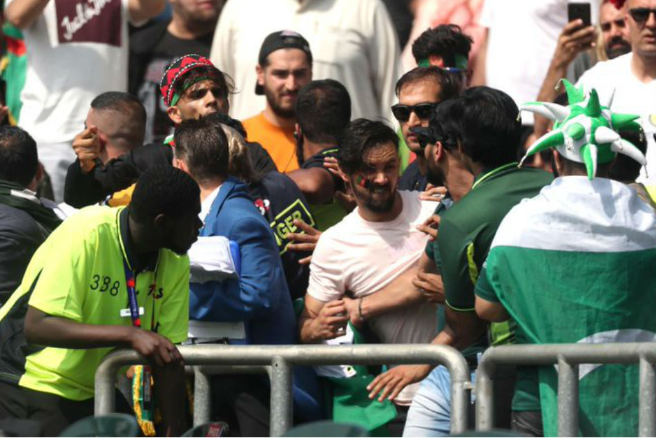 World Cup 2019: Pakistan and Afghanistan fans clash outside Headingley