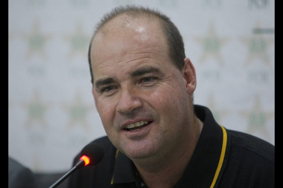 icc world cup 2019 pakistan coach mickey arthur wanted to commit suicide after lost to india