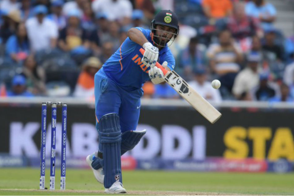 World Cup 2019: Yuvraj Singh defends Rishabh Pant after Kevin Pietersen criticism