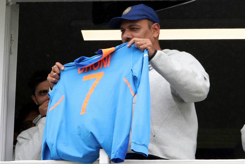 World Cup 2019: Shastri reveals why Dhoni was not sent to bat earlier in semi-finals