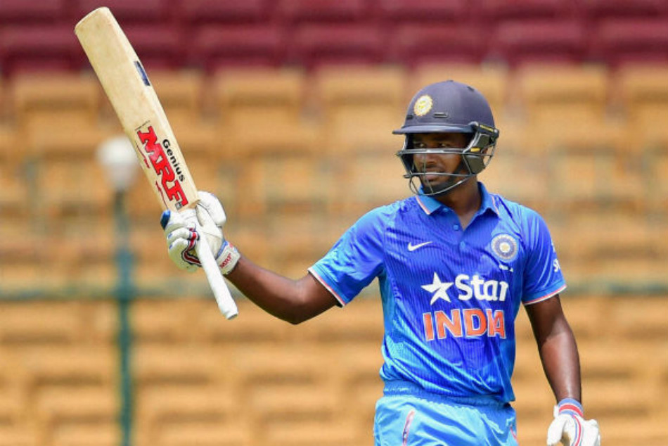 Kerala Cricketer Sanju Samson donating act praised