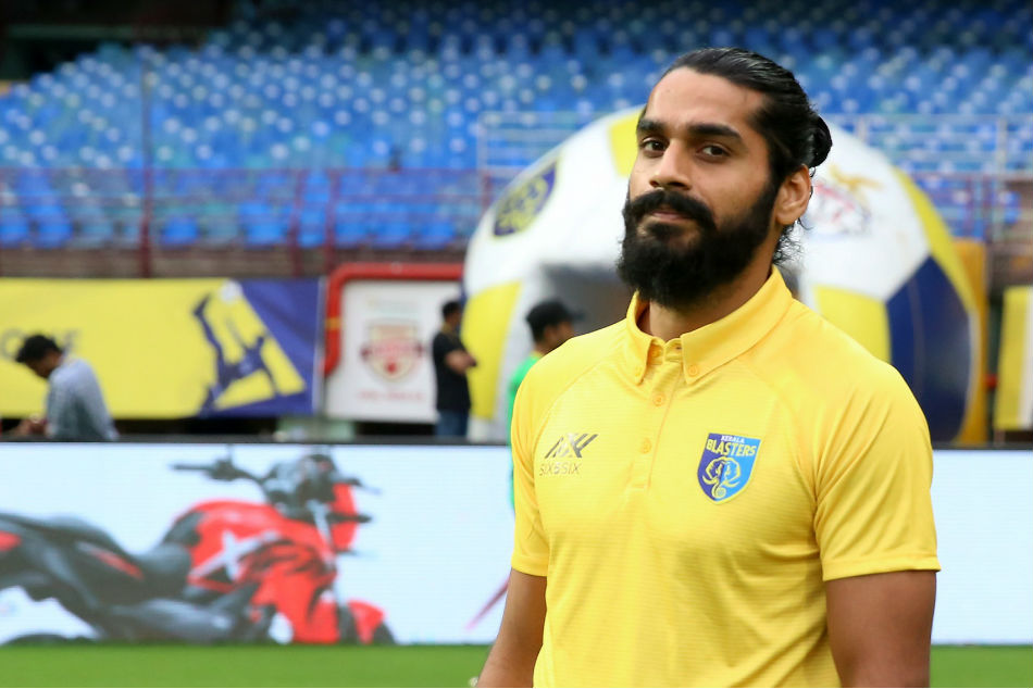 Clubs set rivalry aside, offer recovering Jhingan a helping hand
