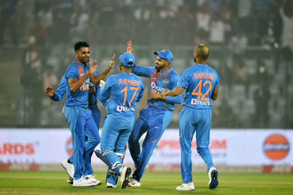 ಭಾರತ vs ವೆಸ್ಟ್ ಇಂಡೀಸ್ ಟಿ20: ವೆಸ್ಟ್ ಇಂಡೀಸ್ ಭರ್ಜರಿ ಬ್ಯಾಟಿಂಗ್