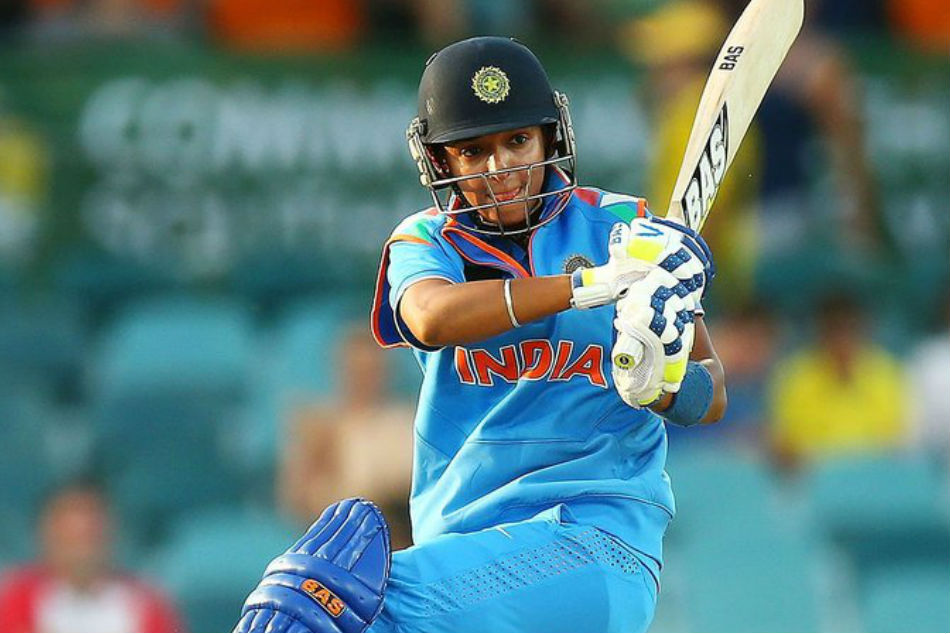 ರೋಚಕ ಪಂದ್ಯದಲ್ಲಿ ಸಿಕ್ಸ್ ಚಚ್ಚಿ ಭಾರತ ಗೆಲ್ಲಿಸಿದ ಹರ್ಮನ್ಪ್ರೀತ್: ವೀಡಿಯೋ