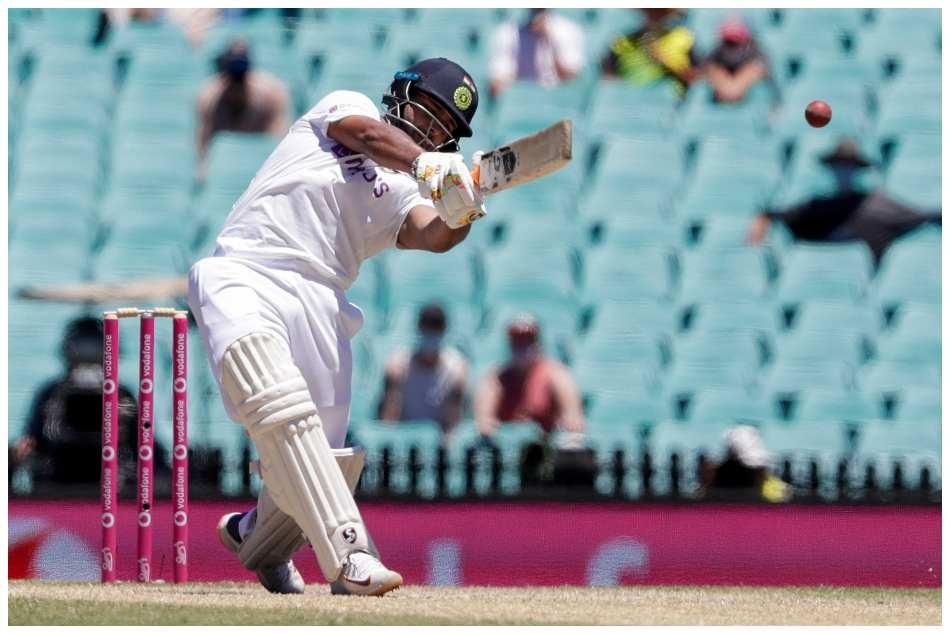 ಭಾರತ vs ಆಸ್ಟ್ರೇಲಿಯಾ: ಧೋನಿ ದಾಖಲೆ ಮುರಿದು 1000 ಟೆಸ್ಟ್ ರನ್ ಗಳಿಸಿದ ರಿಷಭ್ ಪಂತ್