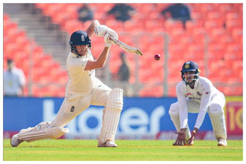 England batting in Indian conditions is not good enough, says Andrew Strauss