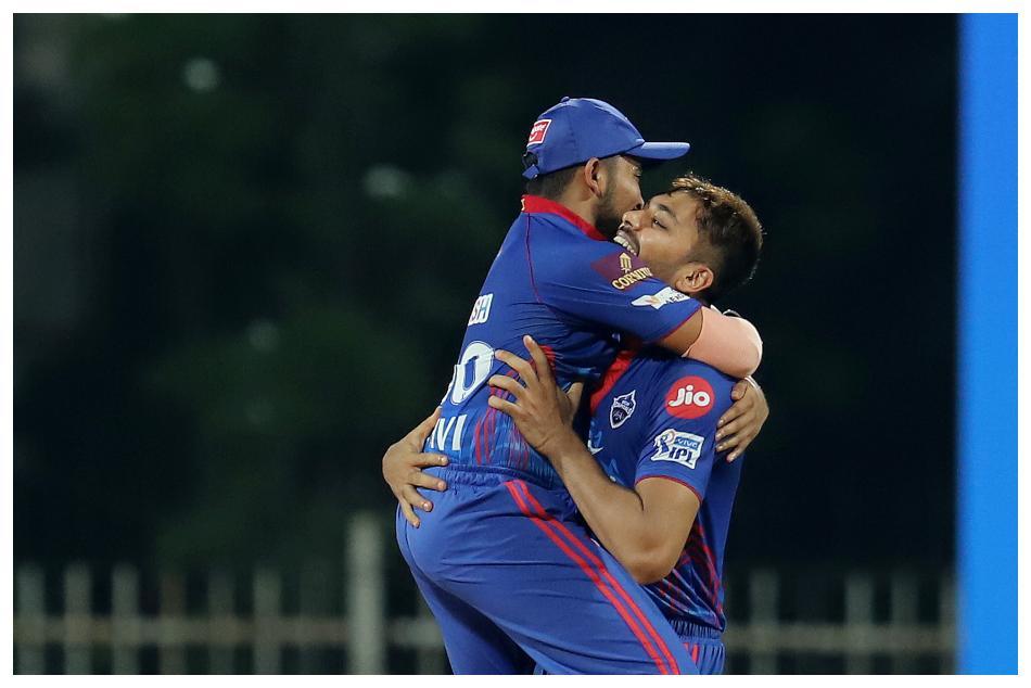 ಐಪಿಎಲ್ 2021: ಹೈದರಾಬಾದ್ ವಿರುದ್ಧ ಸೂಪರ್ ಓವರ್ನಲ್ಲಿ ಗೆದ್ದ ಡೆಲ್ಲಿ