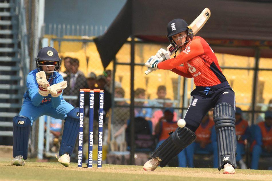 ಭಾರತದ ವಿರುದ್ಧದ ಟಿ20ಐಗೆ ಇಂಗ್ಲೆಂಡ್ ತಂಡಕ್ಕೆ ಮರಳಿದ ಡೇನಿಯಲ್ ವ್ಯಾಟ್, ಮ್ಯಾಡಿ ವಿಲಿಯರ್ಸ್