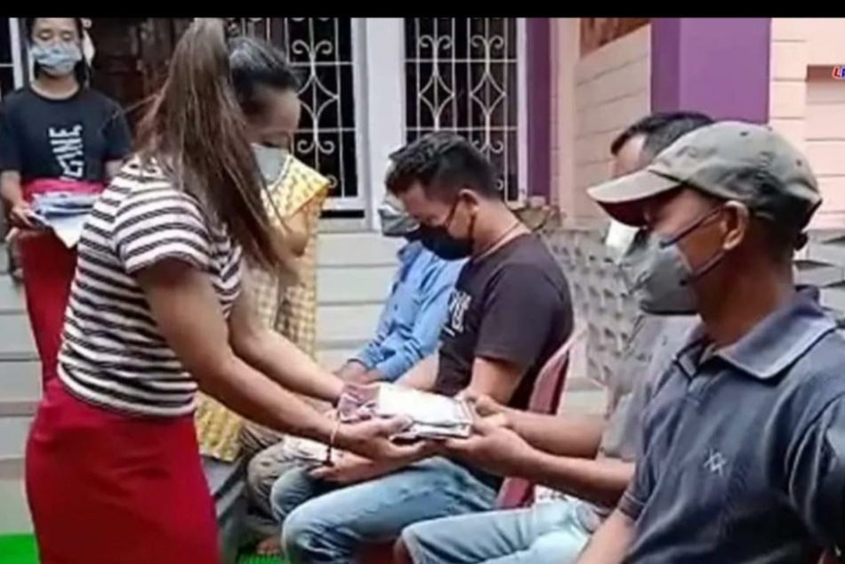 ಅಭ್ಯಾಸಕ್ಕೆ ಸಹಾಯ ನೀಡಿದ ಟ್ರಕ್ ಡ್ರೈವರ್ಗಳಿಗೆ ಗೌರವಿಸಿದ ಮೀರಾಬಾಯಿ ಚಾನು