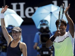 Us Open 2015 Leander Paes Hingis Win Mixed Doubles