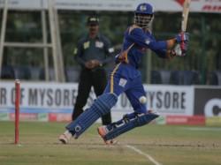 Kpl 2015 Hubli Tigers Thrash Mangalore United In Eliminator