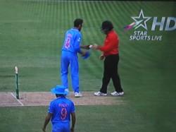 Australia Umpire John Ward Wears Helmet Protection Bangaloretrafficpolice