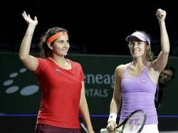 Sania Mirza Martina Hingis Win Australian Open Title